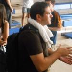 Paulo Meirelles, com sua toalha, no dia do orgulho nerd, imitou Silvio Santos